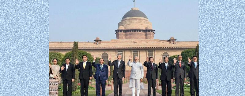 27 neswspapers ne 10 languages me chhaapa pm modi ka article